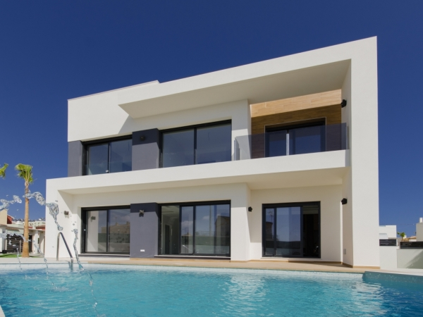 New modern property style in Spain